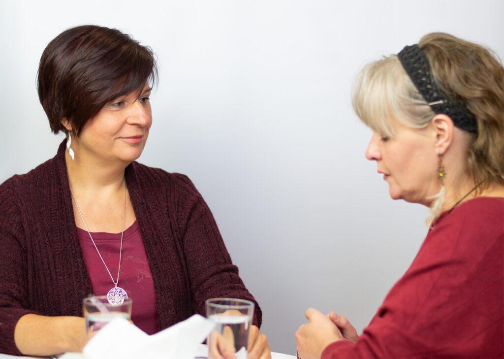 Lebensberatung befreit - durch empathisches und aktives Zuhören entsteht oft schon eine erste Entlastung...